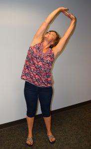 Lori Kelly side bend standing